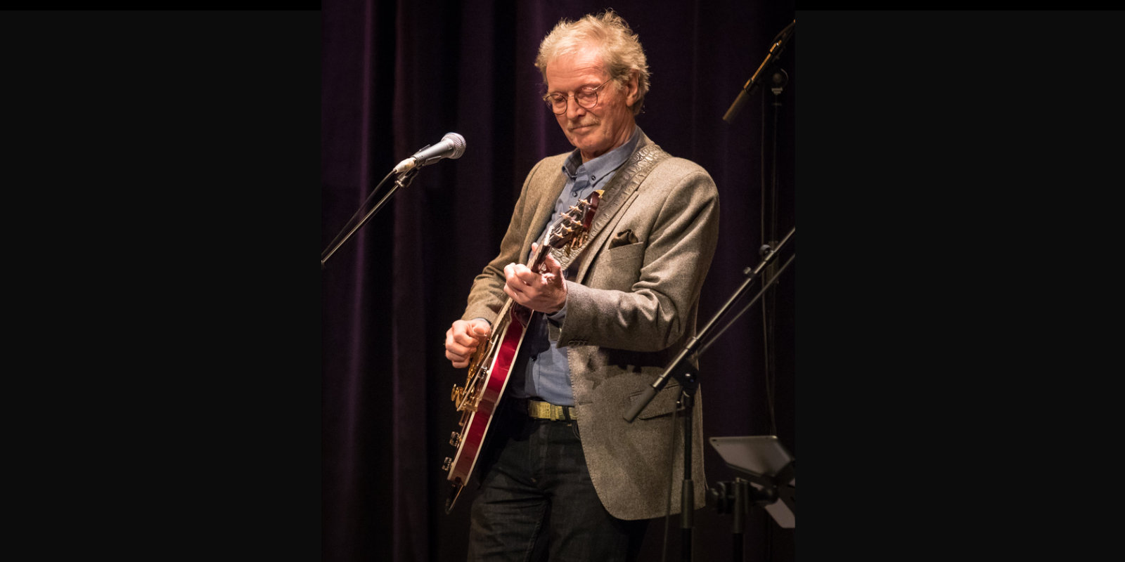 Øystein Sunde - gitarist i verdensklasse